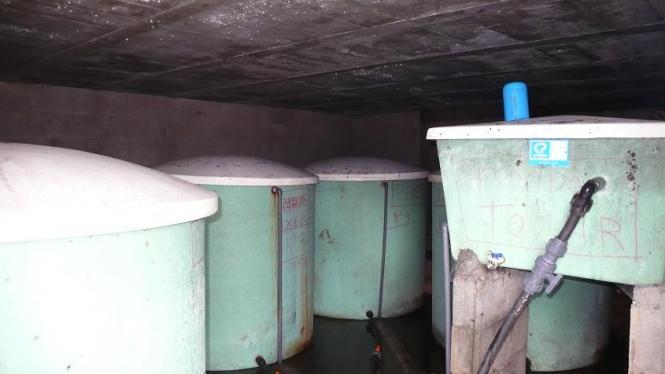 Vista del interior del edificio de protección de los depósitos de cabecera