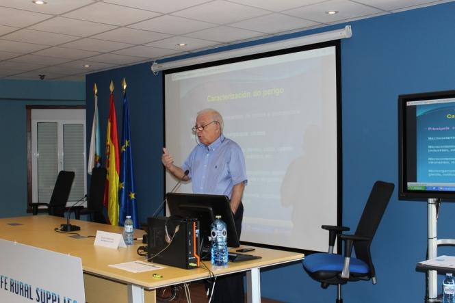 Francisco Díaz Fierros. POSIBLES PROBLEMAS SANITARIOS DEL AGUA DE CONSUMO CAPTADA EN LOS ABASTECIMIENTOS PRIVADOS: PROBLEMAS ACTUALES